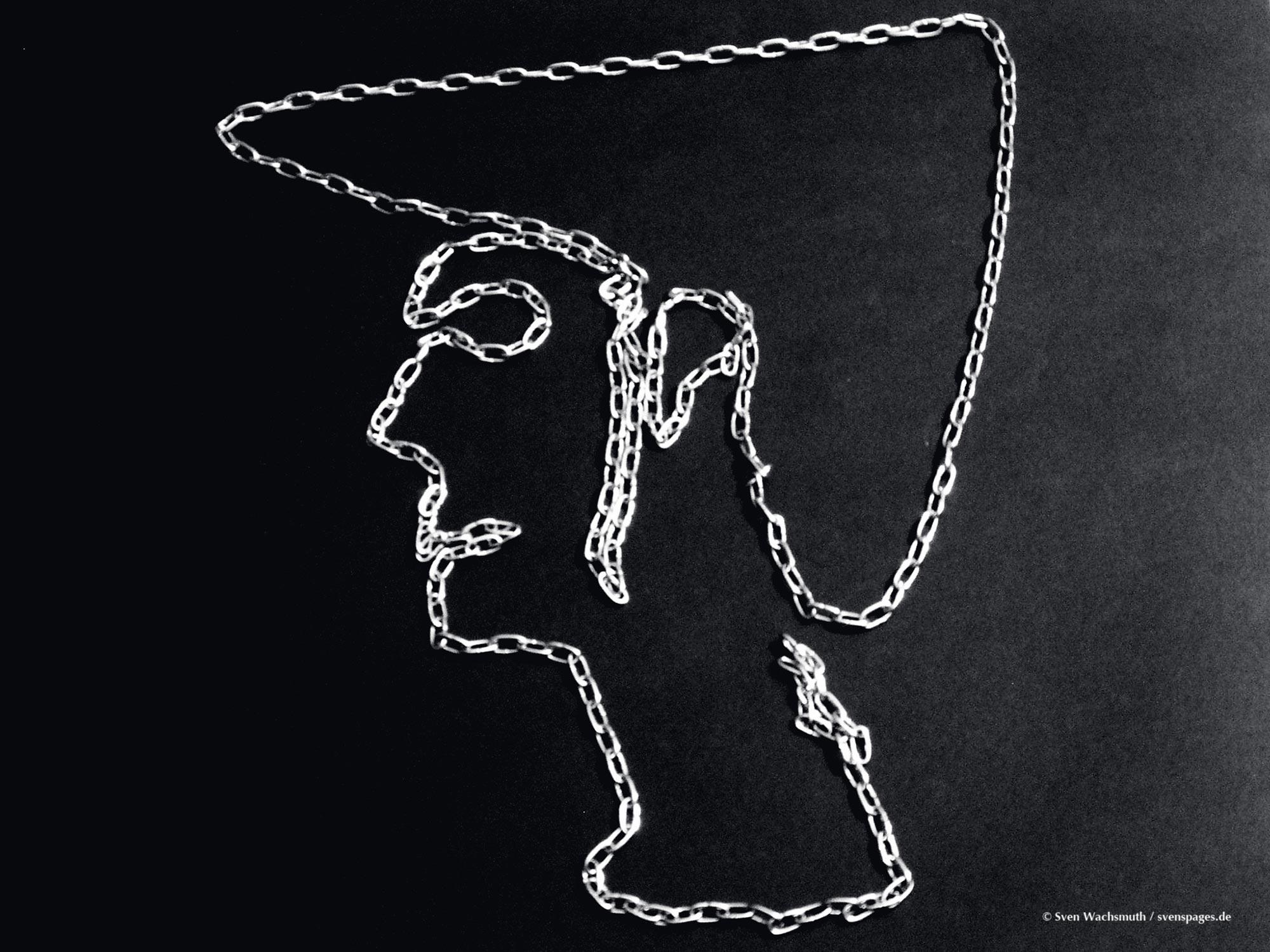2005-03-12-chains-portrait2