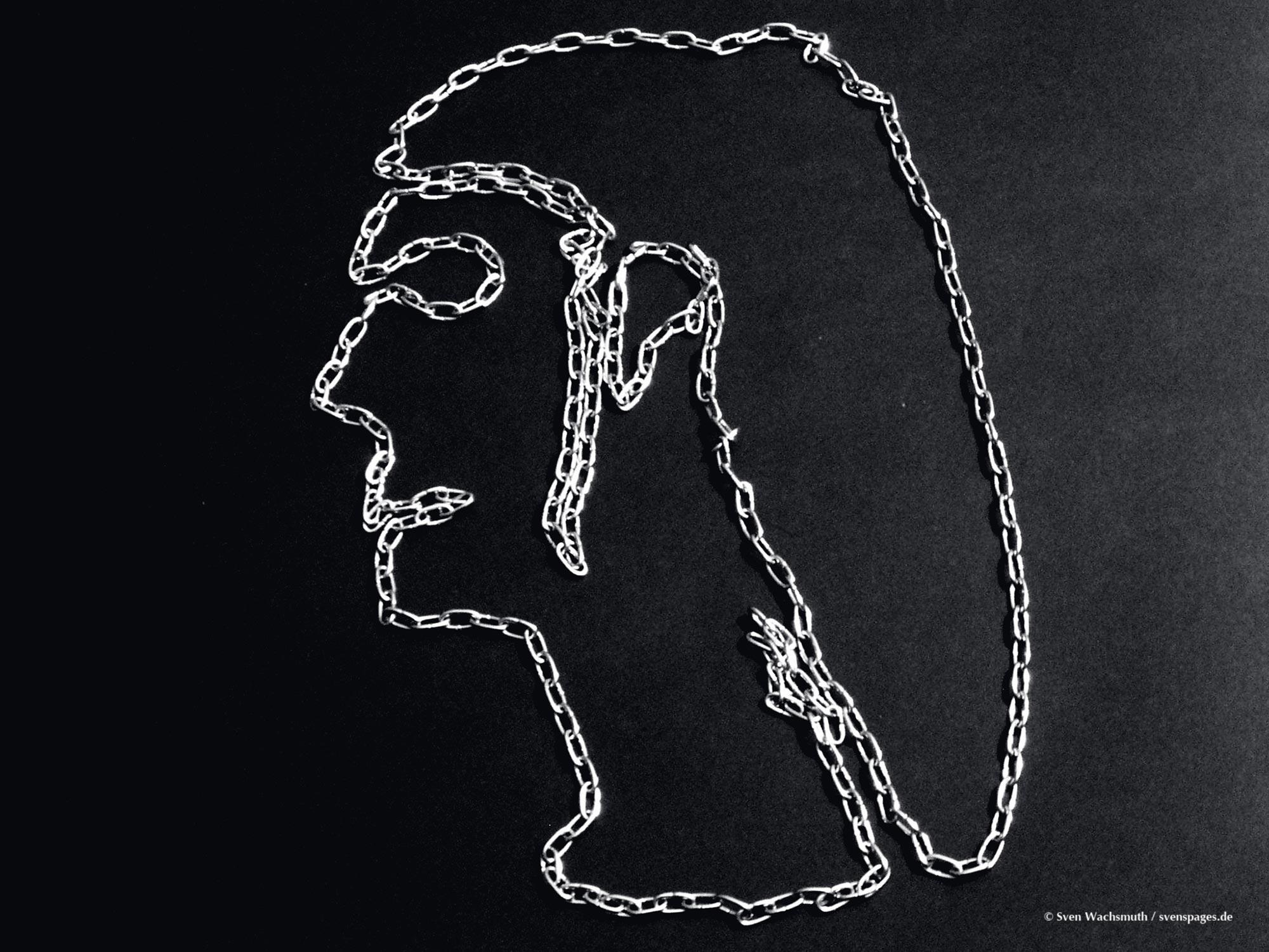 2005-03-12-chains-portrait3