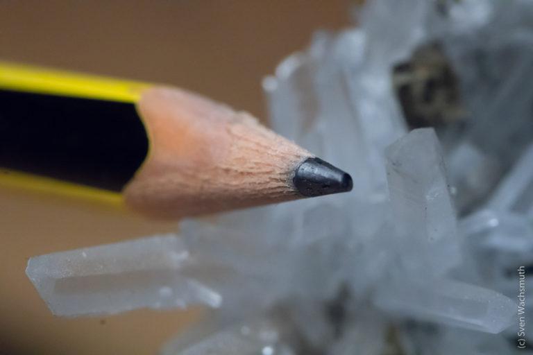 Bleistift und Rauchquarz ganz groß